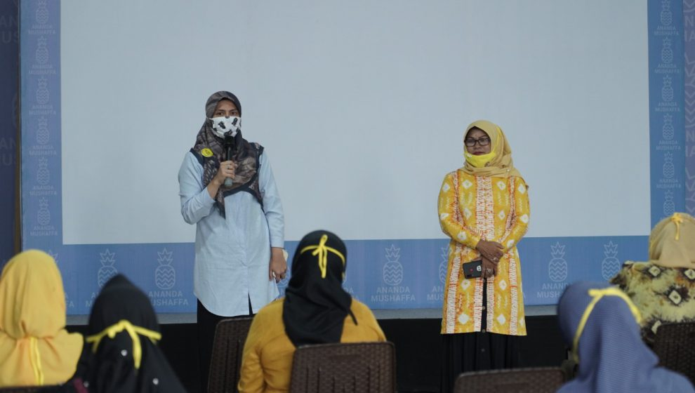HWK Minta Komitmen Kader Perempuan Golkar Dukung Hj Ananda di Pilkada Kota Banjarmasin