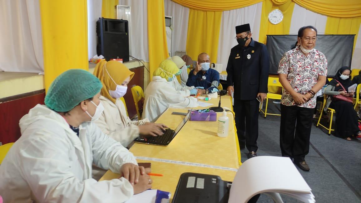 Gandeng Dinkes Banjarmasin, AMPG dan KPPG Kalsel Gelar Vaksinasi COVID-19 Untuk 350 Orang