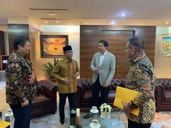 Muluskan Langkah Raih Kursi Ketua Golkar NTB, Ahyar Abduh Goda Pengurus DPD II