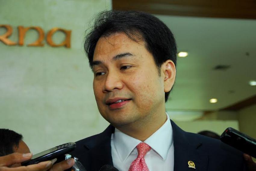 Jadi Pimpinan DPR, Ini Potret Keseharian Azis Syamsuddin