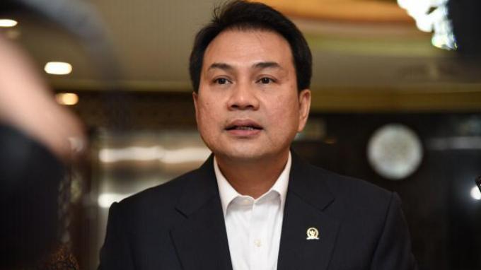Azis Syamsuddin Minta Kemendikbud Kaji Rencana Sekolah Tatap Muka Tahun Ajaran Baru