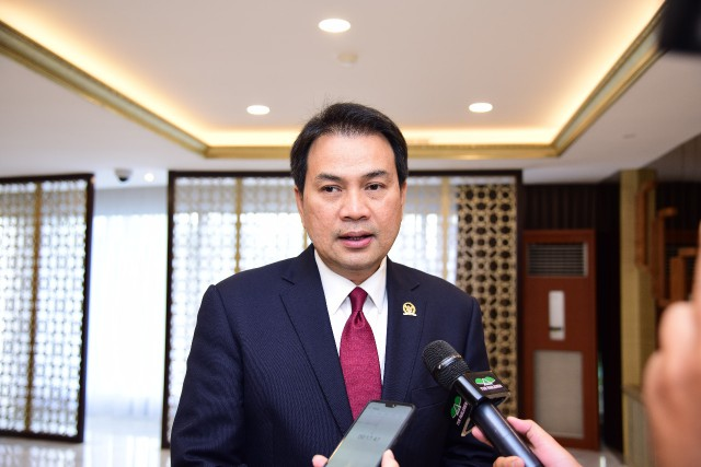Azis Syamsuddin Sebut Santri Berakhlak Baik Bagian Pembangunan Menuju Indonesia Maju