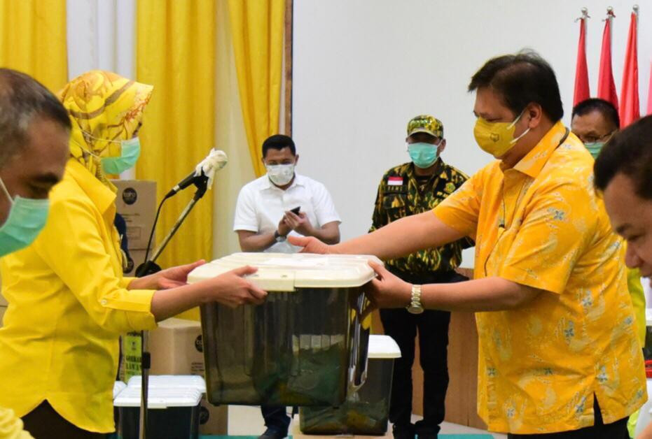 Aksi Nyata Kader Golkar se-Indonesia Ikut Aktif Perangi Wabah Corona