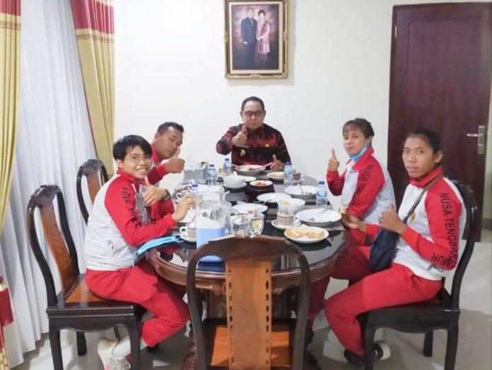 Jamu Para Peraih Emas PON XX Papua, Wagub NTT Josef Nae Soi Janjikan Apresiasi Untuk Atlet Berprestasi