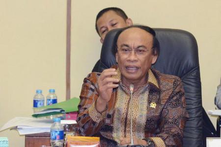 Bardampak Buruk Pada Inflasi, Muhidin M Said Tolak Usulan BI Cetak Uang Lagi