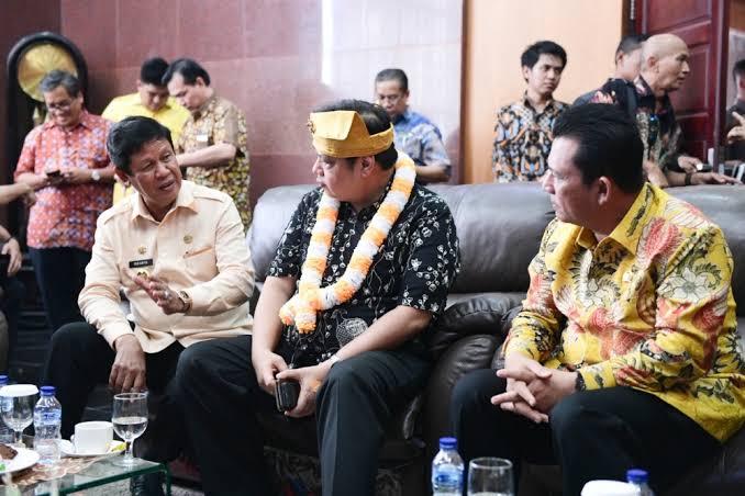 Airlangga Hartarto Sebut Ansar Ahmad Kandidat Terkuat Cagub Kepri Dari Golkar