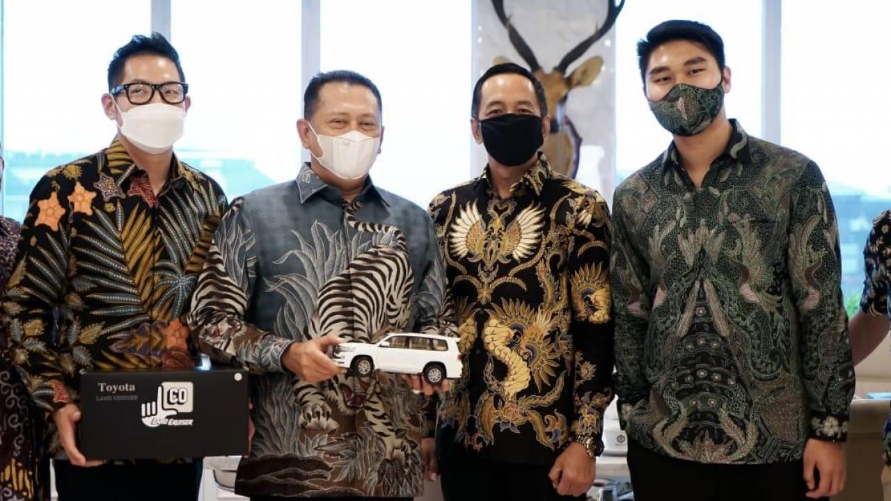 Bamsoet Ajak Komunitas Otomotif Bantu Pemerintah Pulihkan Ekonomi Bali