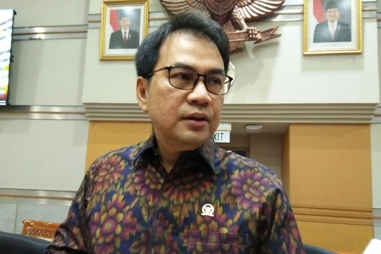 Azis Syamsuddin Ingin RUU Cipta Kerja Rampung Tahun Ini Juga