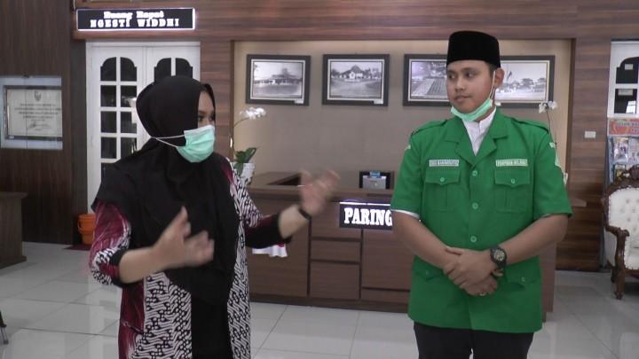 Silaturahmi Dengan Bupati Mirna Annisa, Dico Ganinduto Siap Jadi Pendamping di Pilbup Kendal