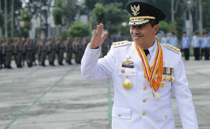 Syamsuar Dinilai Lamban Tangani COVID-19, Ini Pembelaan Fraksi Golkar DPRD Riau