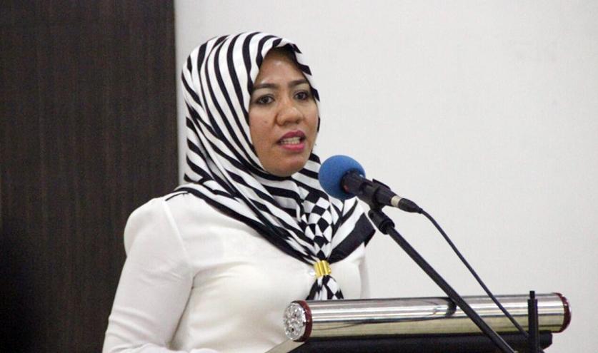 Alien Mus Salurkan Tiga Ton Beras ke Desa Madapolo, Halmahera Selatan