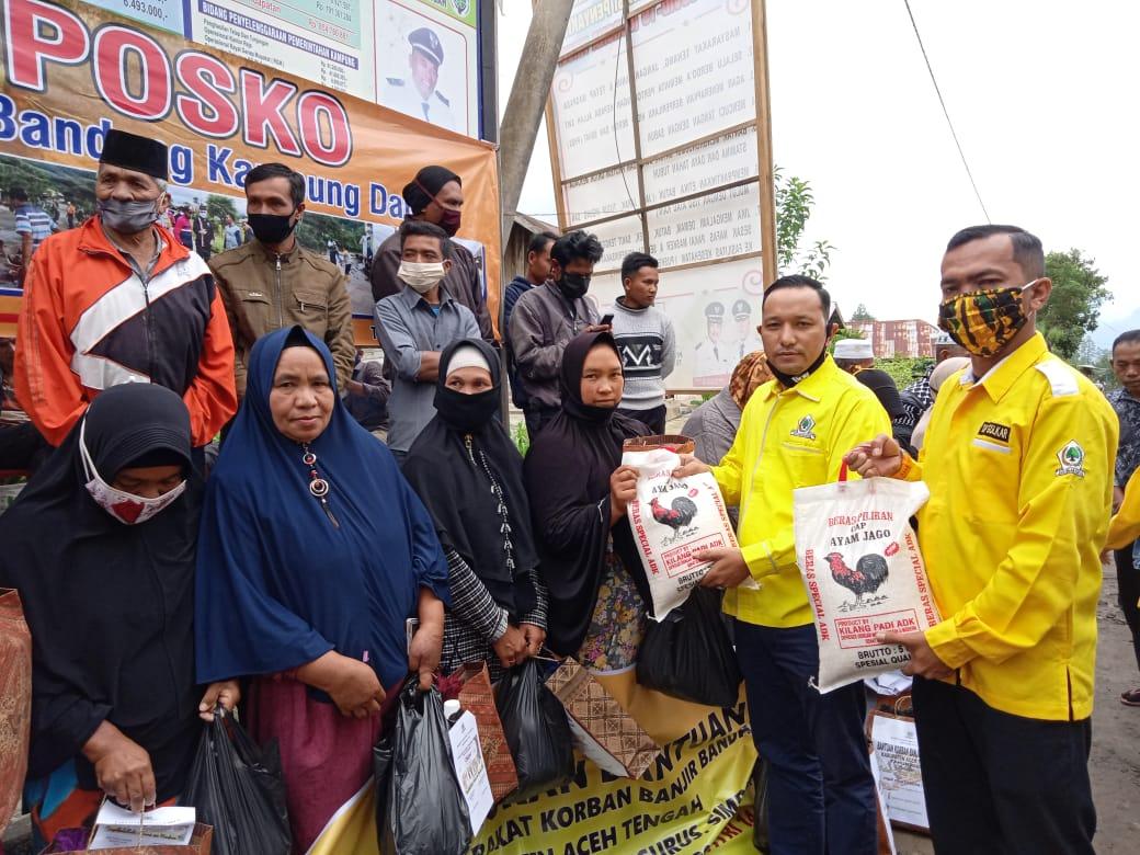 Ilham Pangestu Salurkan Bantuan Untuk Korban Banjir Bandang di Aceh Tengah