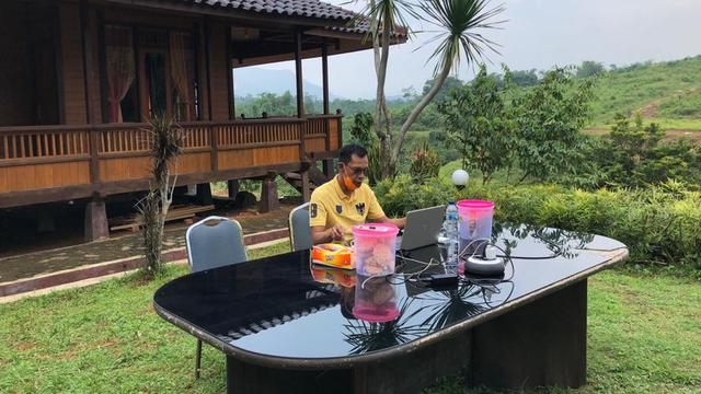 Jaro Ade Minta Pelaksanaan PSBB Kabupaten Bogor Menyeluruh di 40 Kecamatan