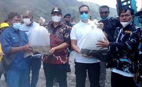 Bupati Samosir Gandeng AMPI Sumut Tebarkan Benih Ikan Nila di Danau Toba