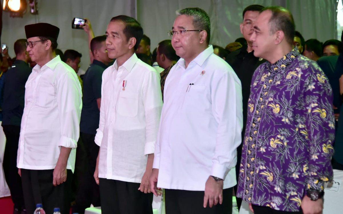 Puji Bupati Ahmed Zaki Iskandar, Jokowi Minta Daerah Lain Tiru Vaksinasi di Kabupaten Tangerang