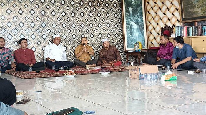 Wakil Ketua DPRD Arifidiar Dukung Pembangunan Masjid Agung 1001 Kubah di Sambas