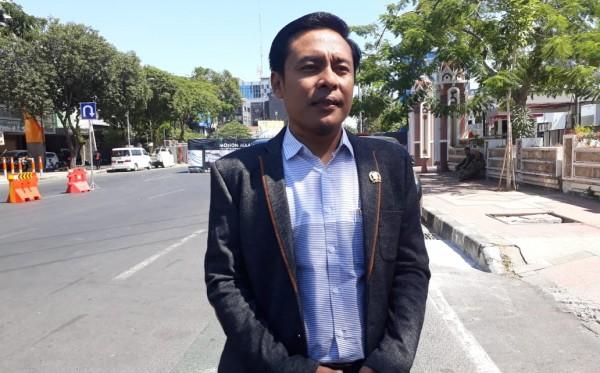 Ekonomi Terganggu, Arif Fathoni Minta Pemkot Surabaya Respon Keluhan Penutupan Jalan Rungkut Menanggal