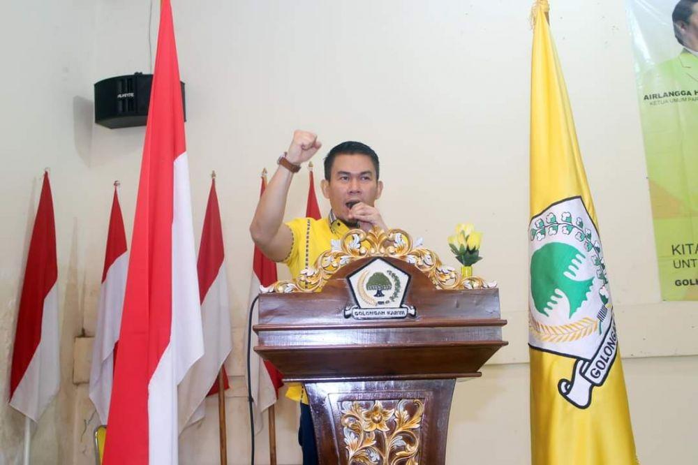 Kubu Endria Putra Turunkan Atribut Dan Angkut Barang Dari Golkar Kota Jambi, Kenapa?