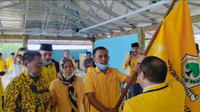 Ahmad Zakir Mando Kembali Terpilih Pimpin Golkar Halmahera Barat