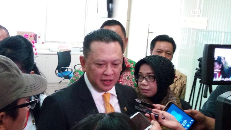 Corona Pandemi Global, Bamsoet Minta Pemerintah Tutup Semua Akses Masuk Indonesia