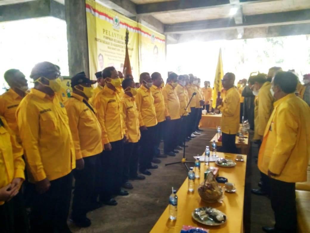 Erry Purwanto Lantik 39 Pimpinan Kecamatan Golkar se-Kabupaten Tasikmalaya