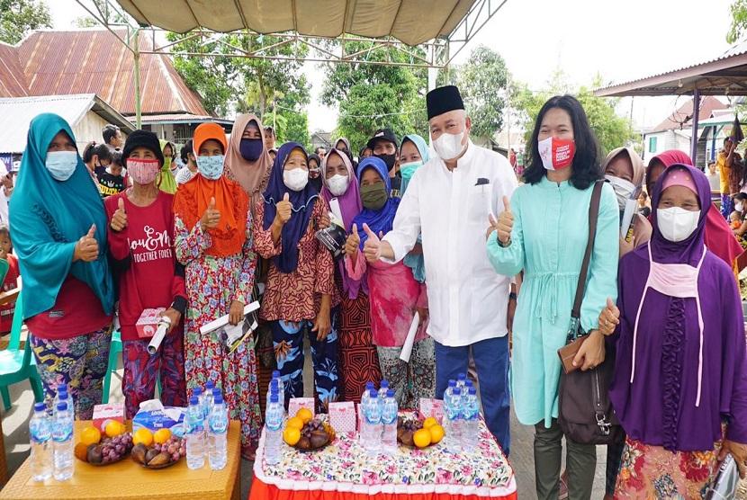 Alex Noerdin Resmikan Penggunaan 600 PJU Tenaga Surya di Kota Palembang