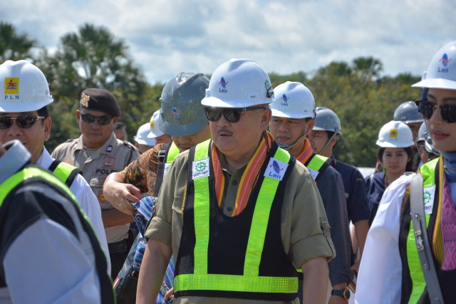 Alex Noerdin Minta Pemerintah Serius Bangun Infrastruktur Listrik Tenaga Surya di Indonesia Timur