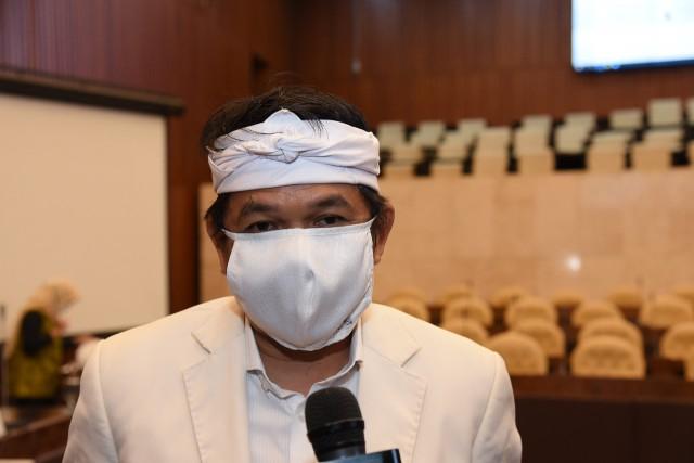 Pandemi COVID-19, Dedi Mulyadi Desak Kementan Beri Stimulus Pada Para Buruh Tani