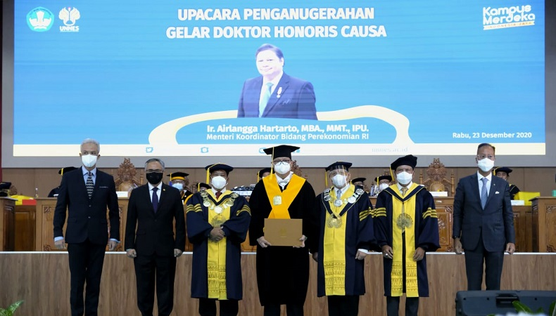 Jokowi Puji Tangan Dingin Airlangga Mampu Bawa Wushu Indonesia Berprestasi Gemilang