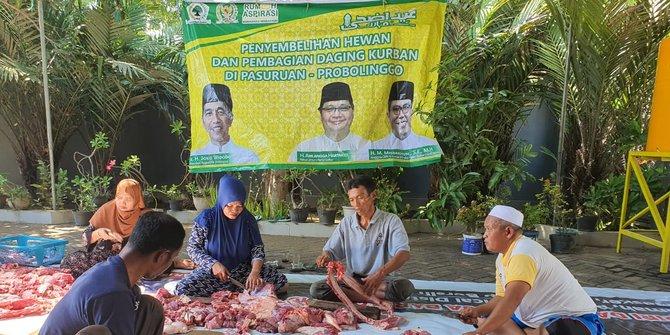 Bagikan 25 Sapi Kurban di Pasuruan dan Probolinggo, Misbakhun Ingatkan Masyarakat Gotong Royong