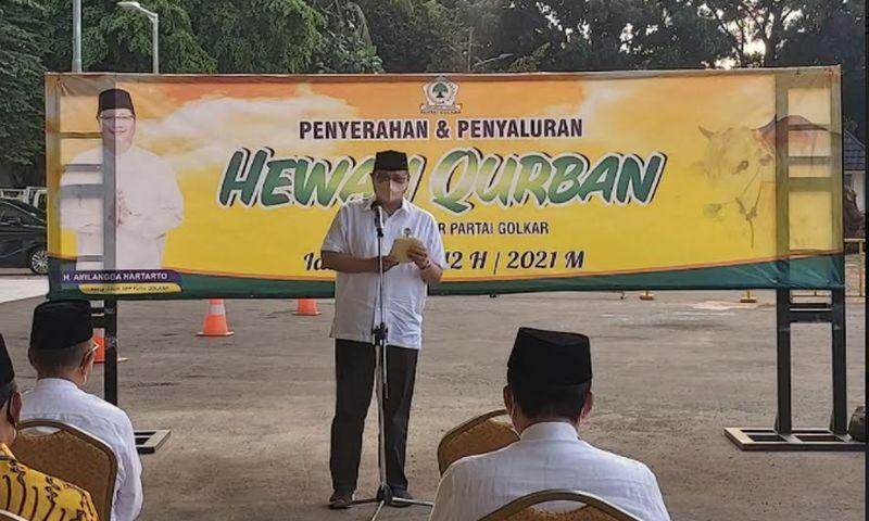 Idul Adha 1422 H, DPP Golkar Kurbankan 28 Ekor Sapi dan Bagikan 3 Ribu Paket Sembako
