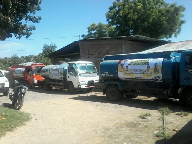 Sambut HUT Ke-56, Kristianus Dua Wea Ungkap Golkar Salurkan Bantuan Air Bersih di Nagekeo