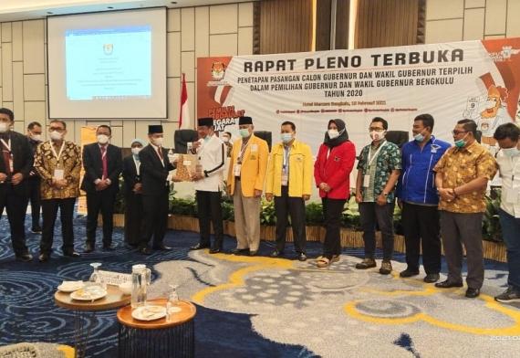 Pleno Terbuka KPU, Rohidin Mersyah-Rosjonsyah Ditetapkan Gubernur-Wagub Bengkulu 2020-2025