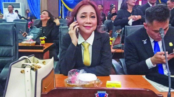 Inilah Penyebab Tangisan Legislator Lily Binti di Musda Golkar Kota Manado