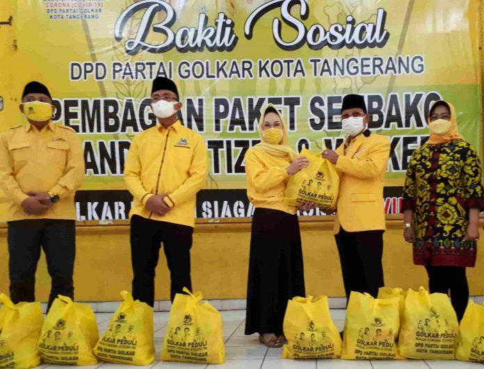 Gandeng IIPG dan Yayasan Bakrie Amanah, Golkar Kota Tangerang Tebar Ratusan Paket Sembako