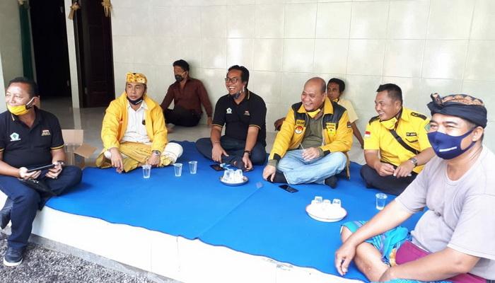 Guyur 3000 Paket Sembako di 8 Kecamatan, Dewa Widiasa Nida Minta Golkar Karangasem Solid
