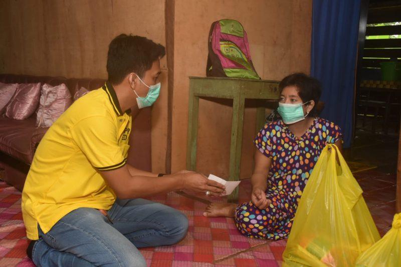 Tim Super Peduli Supriansa Salurkan Bantuan Ke Warga Soppeng