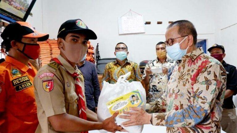 Darul Siska Salurkan Bantuan Pangan Tambahan Untuk 10 Ribu Relawan COVID-19 di Sumbar