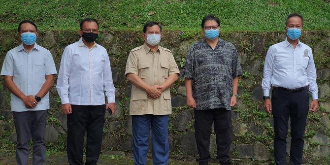 Sambangi Prabowo di Hambalang, Airlangga dan Pimpinan Golkar Disambut Meriah