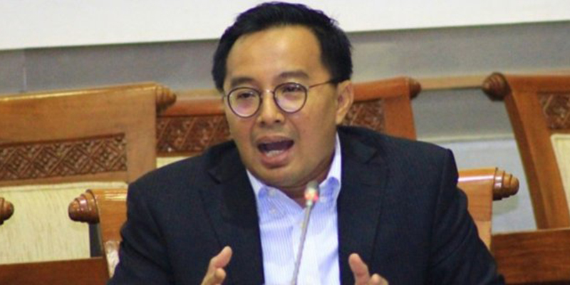Bobby Rizaldi: Ketergantungan Supply Chain Medis COVID-19 Jangan Bikin Kemlu dan Kemhan RI Loyo Pada China