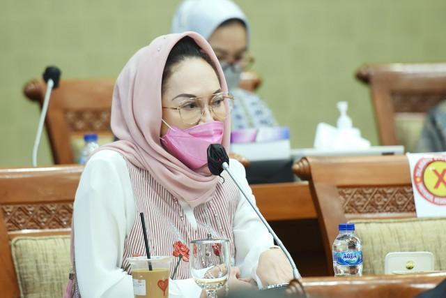 Lindungi Akses Masyarakat, Dewi Asmara Minta Soal Obat, Oksigen dan Ventilator Bebas Dari Kepentingan Bisnis