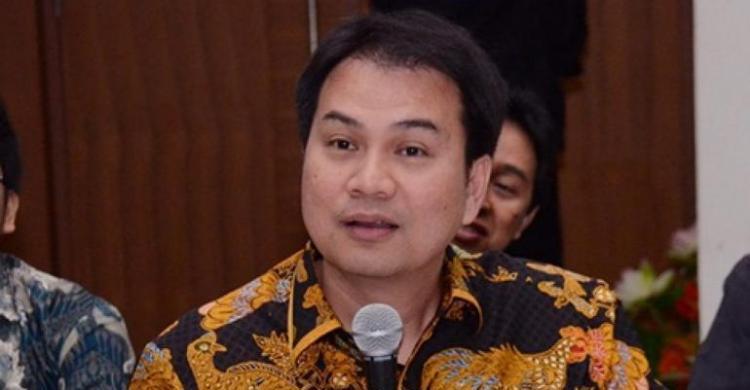 Pulihkan Ekonomi Nasional, Azis Syamsuddin Minta BKPM Lebih Giat Capai Target Investasi