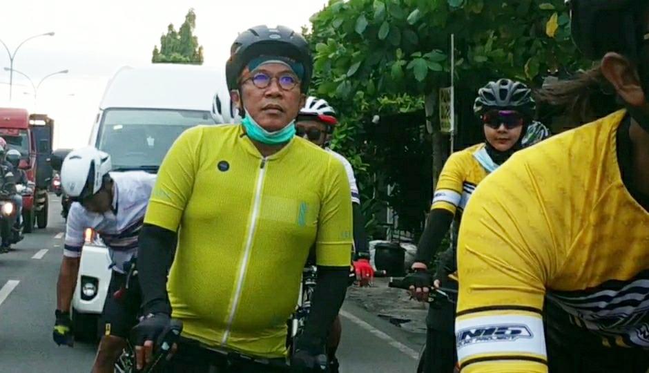 Ajak Masyarakat Tetap Sehat Saat Pandemi, Misbakhun Turun Gunung Gowes Bersama di Pasuruan