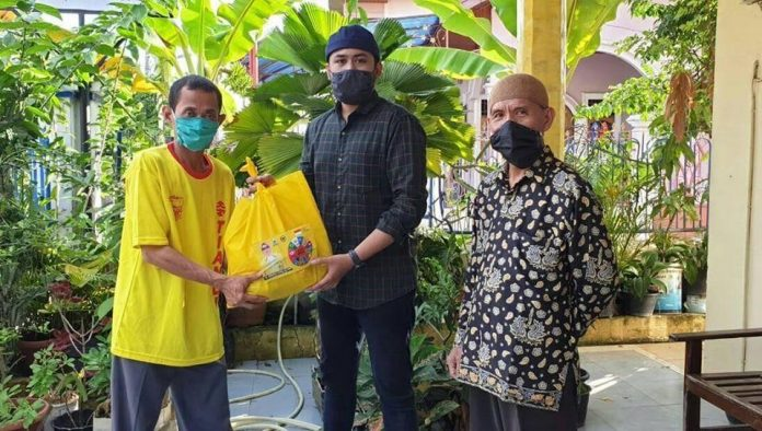 LDII Salurkan Bantuan Sembako Dari Saniatul Lativa Untuk Warga Tambak Sari Jambi