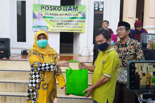 Ratu Ati Marliati Bagikan 6000 Paket Sembako Bagi Warga Kota Cilegon Terdampak Banjir
