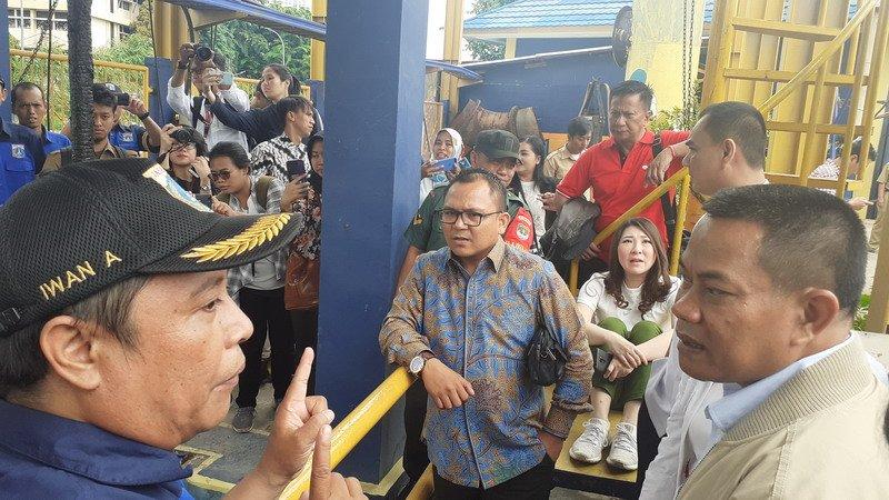 Basri Baco Apresiasi Kinerja Penjaga Pompa Air Kali Item dan Sunter Selatan