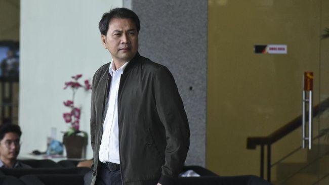 Eks Penyidik KPK Robin Pattuju Bantah Terima Suap Dari Azis Syamsuddin Dan Aliza Gunado