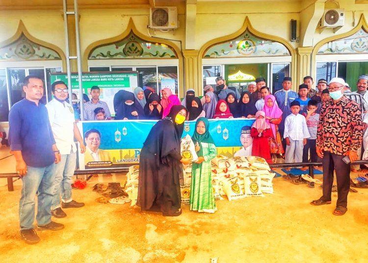 Ilham Pangestu Salurkan Bantuan Bagi Ratusan Yatim Piatu di Geudubang Jawa, Kota Langsa