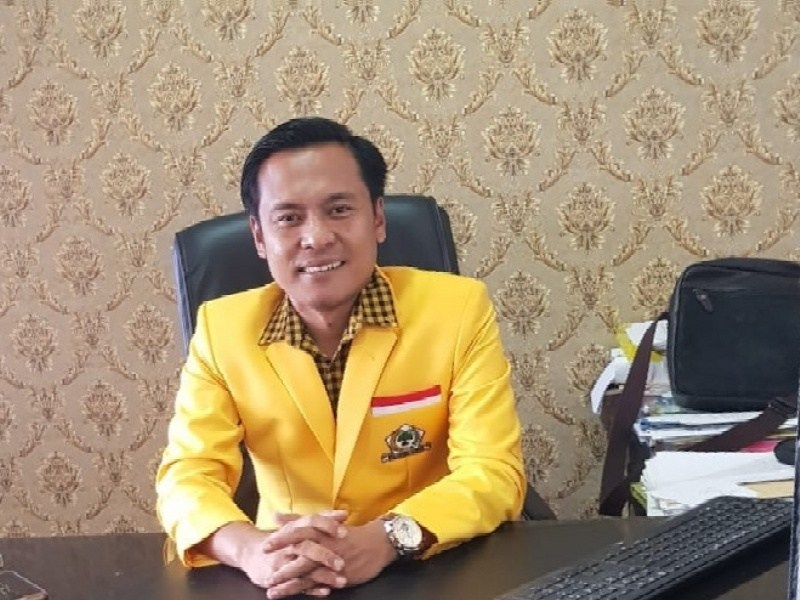 Arif Fathoni Harap Bawaslu Adil Tertibkan APK Paslon di Kota Surabaya
