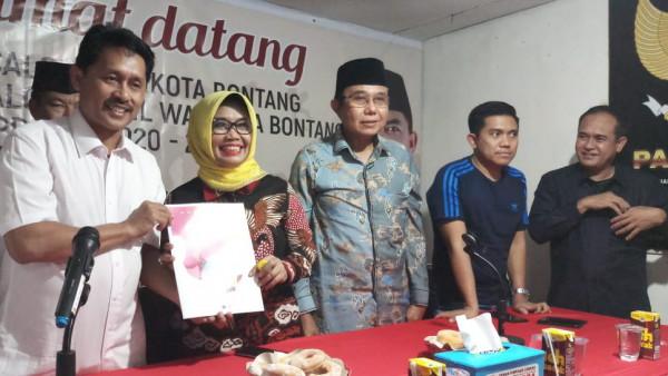Dongkrak Elektabilitas Neni Moerniaeni, AMPG Bontang Rekrut Kader Milenial